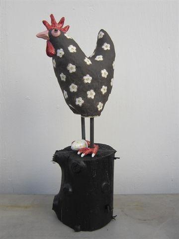Keramikhøne med æg af Aaen og Nielsen