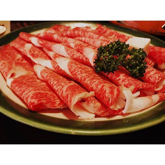 #宮崎牛 #牛 #肉 #すき焼き #すきやき #yummy #😋 #beef #sukiyaki #japanesefood #japanese #🍖 #dinner #thankyou #うまし #久しぶりに載せた #japan #osaka #kitashinchi #北新地 #instapic #instalove #instalike #instafood #foodstagram #l4l #f4f #instagood