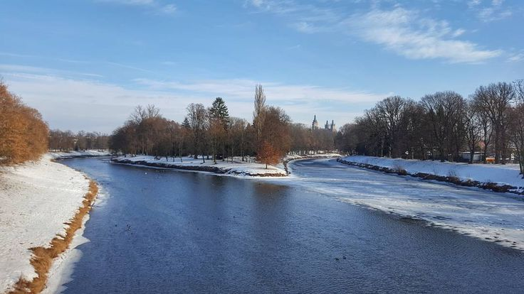 The Confluence of the Rivers Elbe and Orlice in Hradec Králové  #hradeckralove #czech #travel #winter #snow #elbe #elberiver #orlice #orliceriver #river #water #ice #riverbank #confluence #bluesky #galaxys6