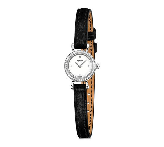 "Faubourg Hermes gold watch set with diamonds, diameter 15.5mm, white lacquered dial set with diamonds, quartz movement, black barenia calfskin strap<br><br><span style=""color: #F60;"">This item may have a shipping delay of 1-3 days.</span><br><br>"
