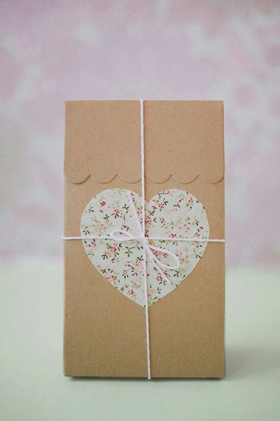Floral heart and twine. Paper bag gift decoration ideas