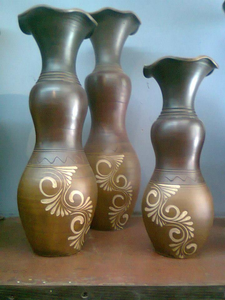 Jarrones de barro from Tonalá, Jal several sets thru my home ;-)