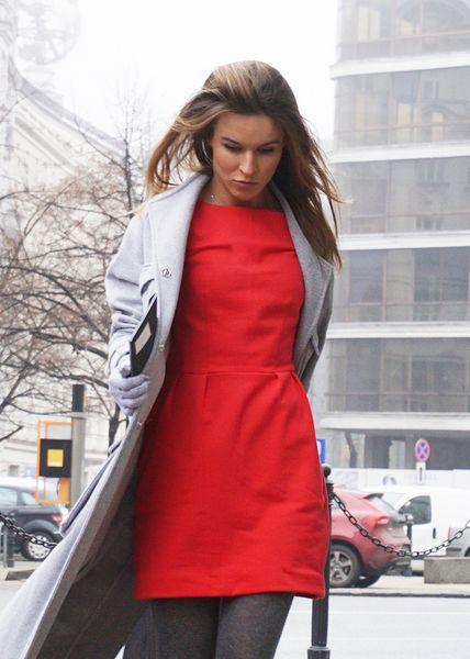 mała czerwona sukienka