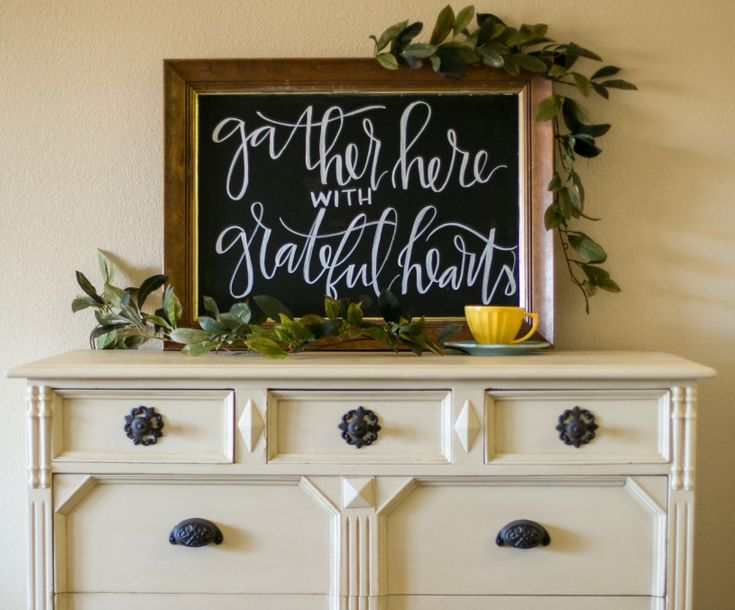 A unique way to greet guests, a custom chalkboard sign that can later be used in the couple's new home. Repin this idea to save for later!