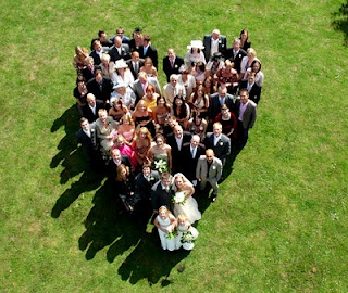 Wedding photography idea -  heart shape group picture