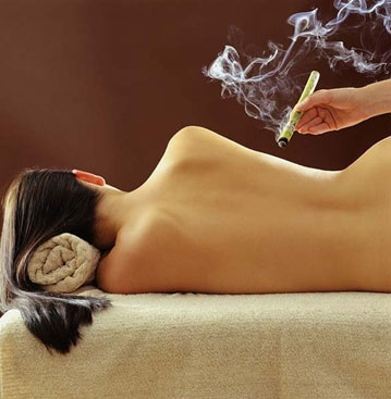 Moxabustão é uma técnica baseada no aquecimento dos pontos de acupuntura, essa técnica é amplamente utilizada na Medicina Tradicional Chinesa e sua eficásia é comprovada.