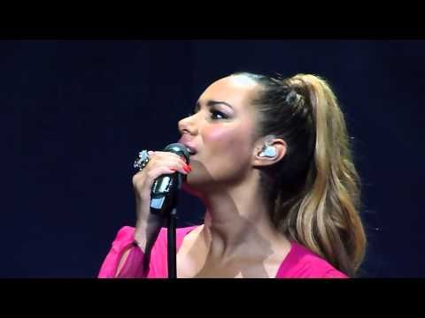 ▶ Leona Lewis 'Locked Out Of Heaven' Nottingham Royal Concert Hall 30.04.13..HD - YouTube