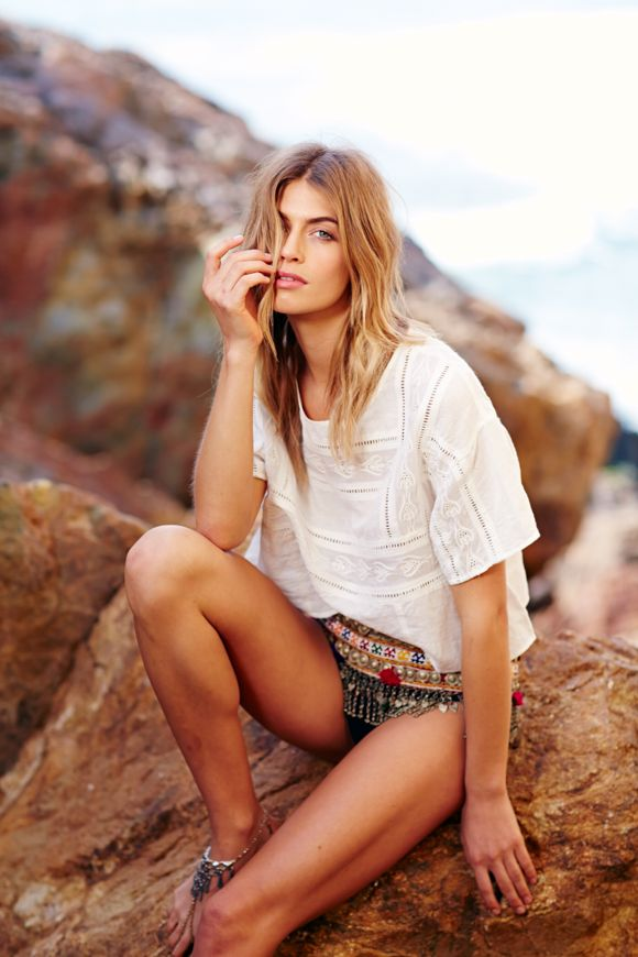 Making Waves: Model Annie McGinty Shares 5 Tips To Staying Beach-Photo Ready! | Free People Blog #freepeople