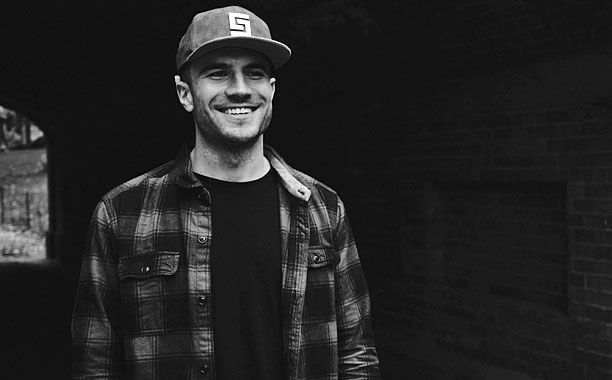 Country's Next Big Twang: Extended Sam Hunt Interview | The Music Mix | EW.com