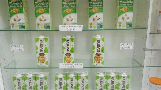 Oferta en la bebida de avena bio con calcio y en la de almendras BIO , 1,68€ y 2,24€ respectivamente. www.camposdealoe.es