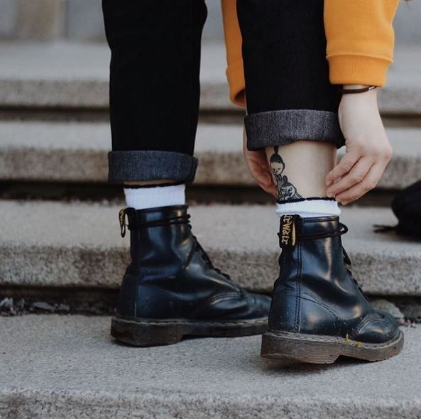 boots white socks boots black 2019Shoe dr martens with in Ybf76gy