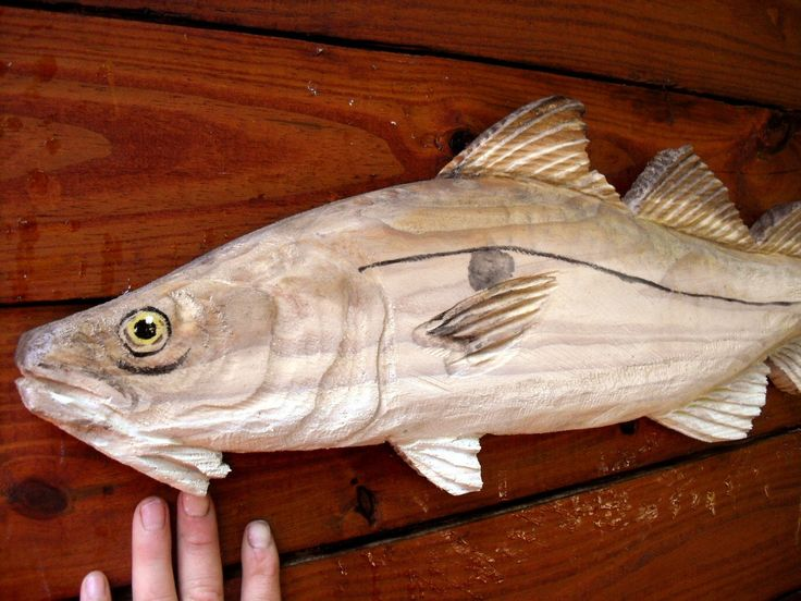 1000 images about ocean arts saltwater fish carvings on for Fish wood carving