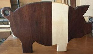 Hey, I found this really awesome Etsy listing at https://www.etsy.com/listing/207258644/hampshire-pig-cutting-board