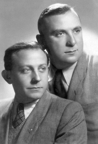 During the Warsaw Ghetto uprising of April 1943, Tuvia Borzykowski (left) fought in the central ghetto and escaped via the sewers to contact comrades on the open Polish side. He returned after the fall of the headquarters bunker at Mila 18, and survived with the last ghetto fighters. He was a Jewish fighter in the Polish underground Armia Ludowa, which fought the Germans in 1944, and was decorated for heroism by the Polish government. He died in 1951 at Kibbutz Lohamei Hagetaot.