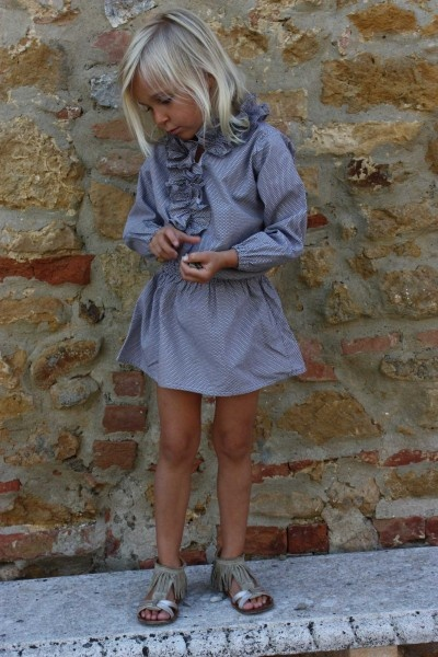 cute dress and love the sandals!