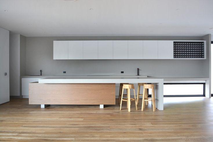 소렌토 하우스 1, 바이브 디자인 그룹의 의례