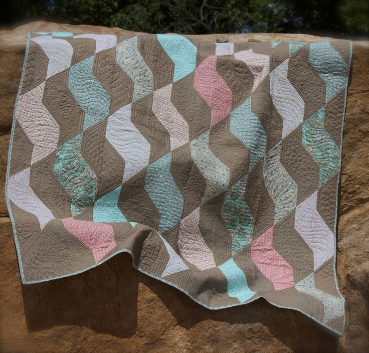 Coral- A free Quilt Pattern - Quilting Is My Therapy