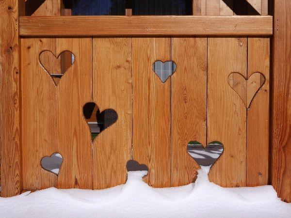 balcon forme de coeur enneigé neige montagne clematc