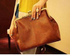 Schultertaschen - Handtasche Vintage Look braun  - ein Designerstück von Vintage-Basar bei DaWanda