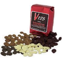 Chocoley V125 Indulgence Couverture Chocolate! Perfect for making molded candies and chocolate covered caramel apples!
