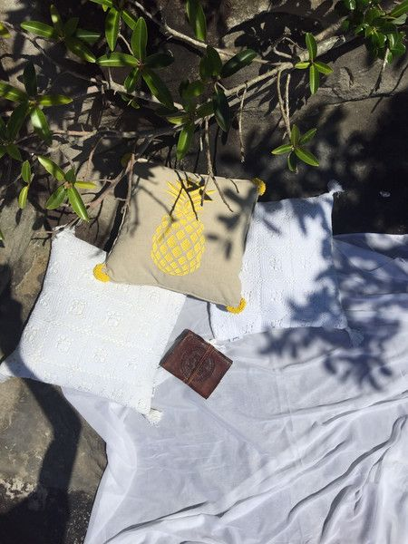 PHOTOGRAPHY… ON THE ROCKY POOL – Tropical Grace #cushion #shadow #relaxation #nature www.tropicalgrace.com