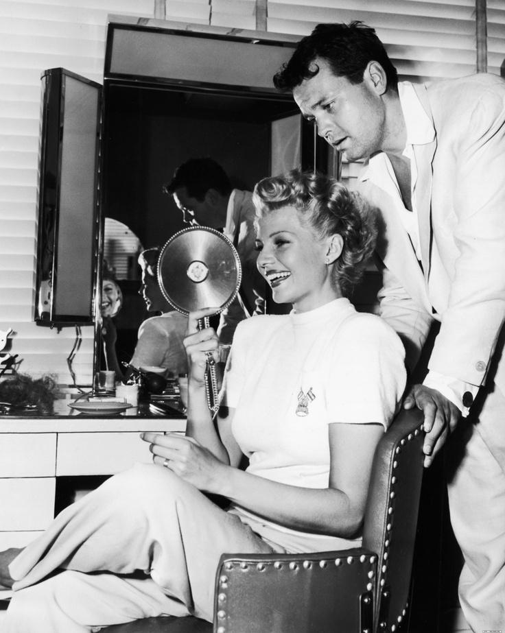 A Beautiful Couple Rita Hayworth And Orson Wells Rita