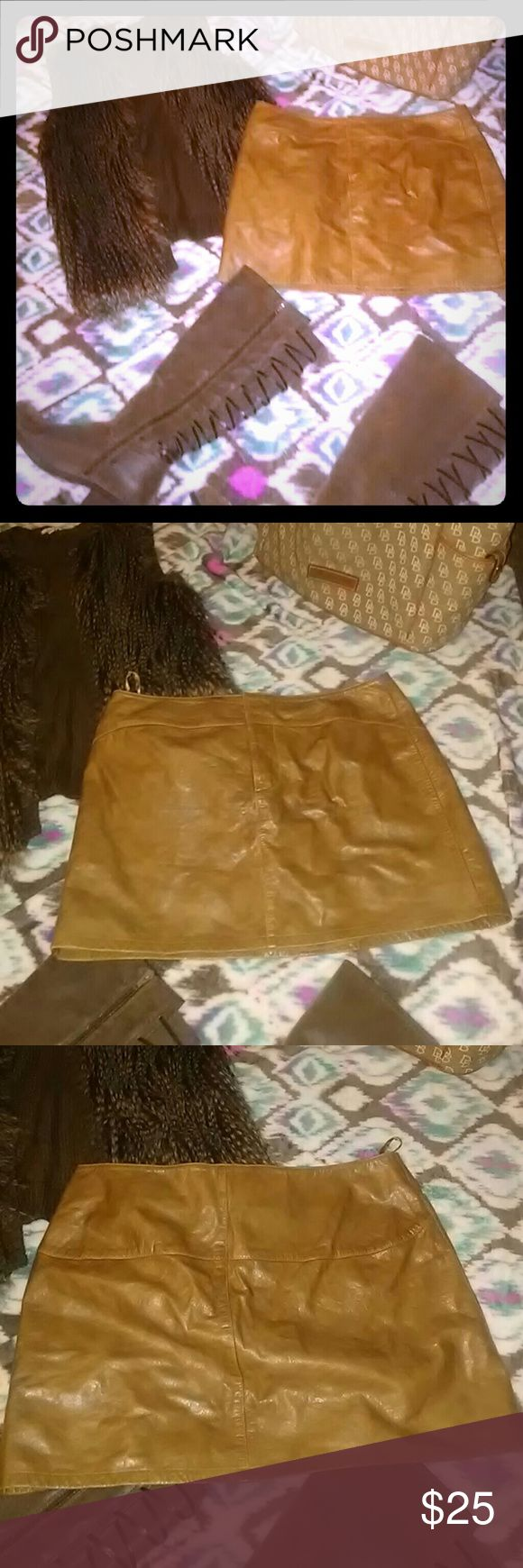 Mini leather gap skirt worn leather look size 14 Mini skirt gently worn, goes great with boots GAP Skirts Mini