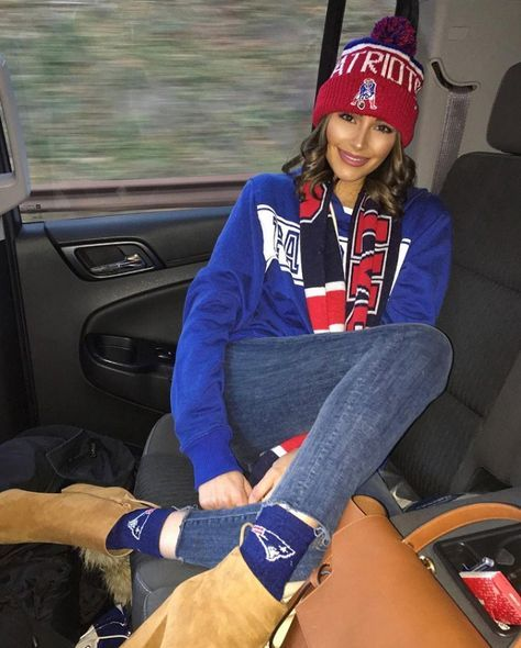 Cute Outfits for Super Bowl Sunday from Olivia Culpo - Patriots beanie, socks and scarf with jeans