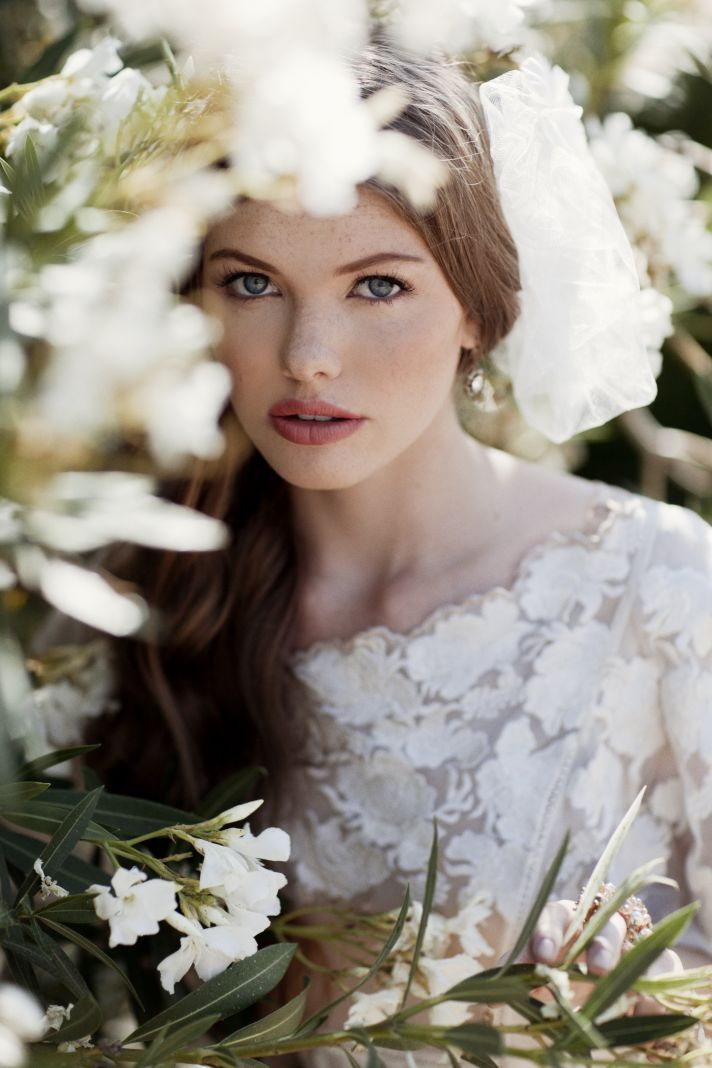 Bridal Fashion Sites for the Imaginative Bride   OneWed