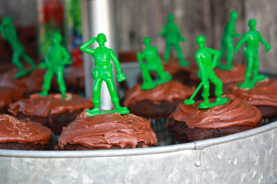 Buzz Party Food - Toy Story soldier cup cakes. Perfect for non-cake decorators.