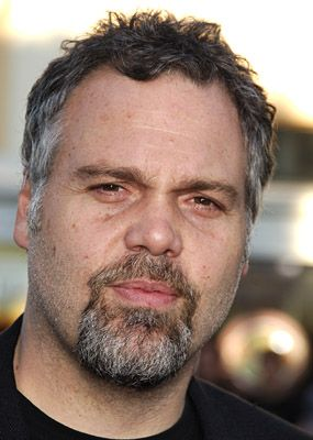 Patrick thinks Vincent D'Onofrio is too predictable as The Mannequin Man.