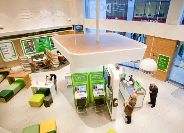 Bank design experts I-AM introduced innovative solutions to place the customer at the core of An Post's offer, including a striking new look and feel