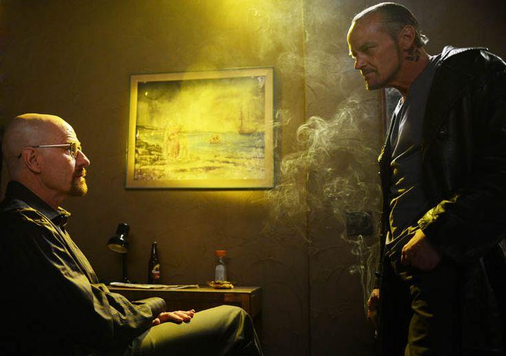 Walter White (Bryan Cranston) and Jack (Michael Bowen) in Episode 8