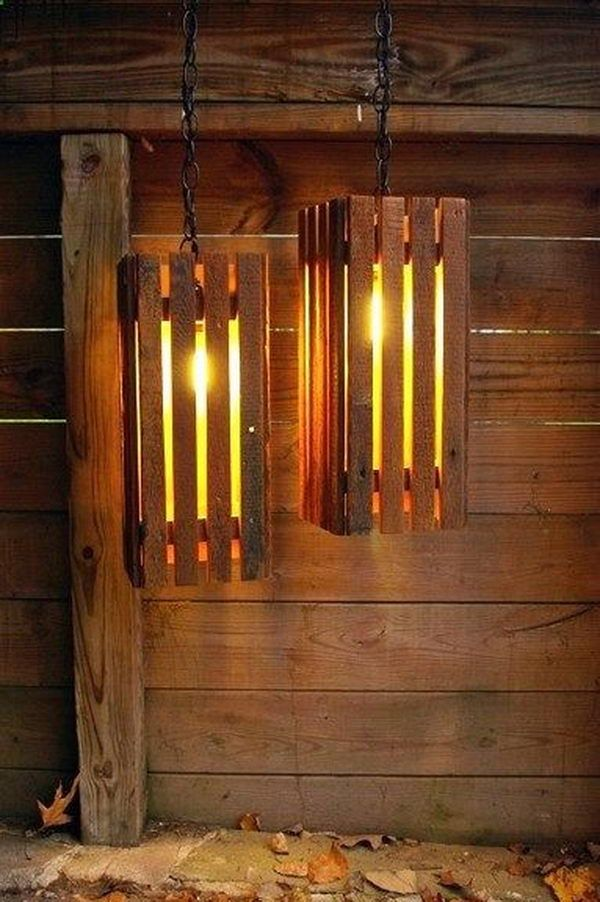 Old Wood Pallets Lamps -20  Best Primitive Decorating Ideas, http://hative.com/best-primitive-decorating-ideas/,