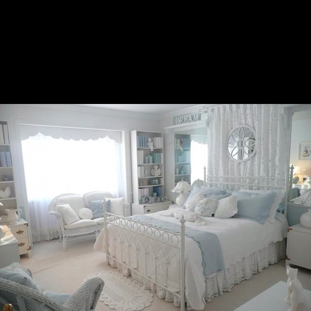 9 best English Style Guest Bedroom images on Pinterest | Bedrooms ...