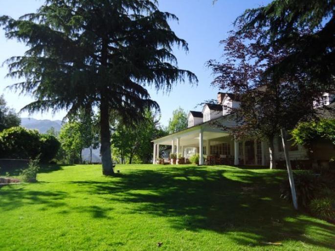 Gran casa en El Arrayán Informe de Engel & Völkers | T-1417362 - ( Chile, Región Metropolitana de Santiago, Lo Barnechea, El Arrayán )