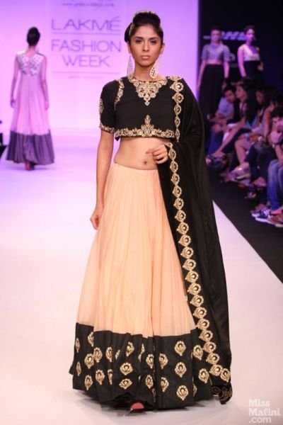 beautiful Lehenga by Payal Singhal http://www.payalsinghal.com/ @ LFW Festive / Winter 13
