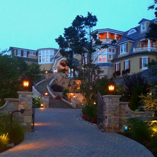 Avalon Nj Utz Family Mansion Wesley Take Me Thereeee Vacations Pleaseee Pinterest House Home And Beach