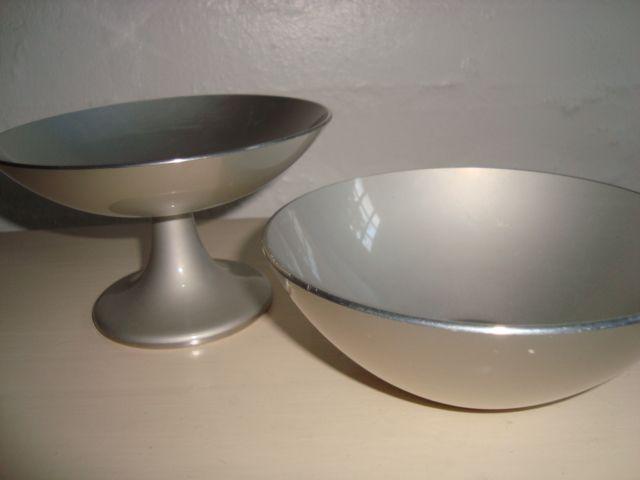 Emalox bowl designed by BJØRN ENGØ 1950-70s made in aluminium/enamel. #emalox #Bjørnengø #bowl #1950s #1970s #enamel #emalje SOLGT/SOLD on www.TRENDYenser.com