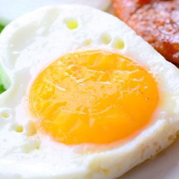 10 ruokaa, jotka auttavat nukahtamaan nopeammin