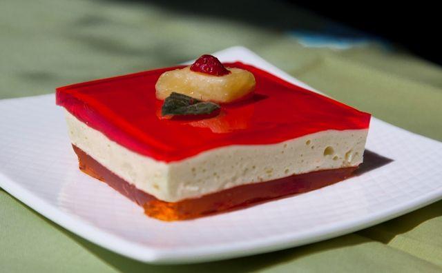Kathy's Three Layer Jello Dessert – Recipe