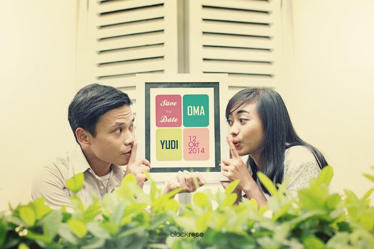 sssstttttt...... #couple #vintage #old #savethedate #cute #outdoor #prewedding #photo