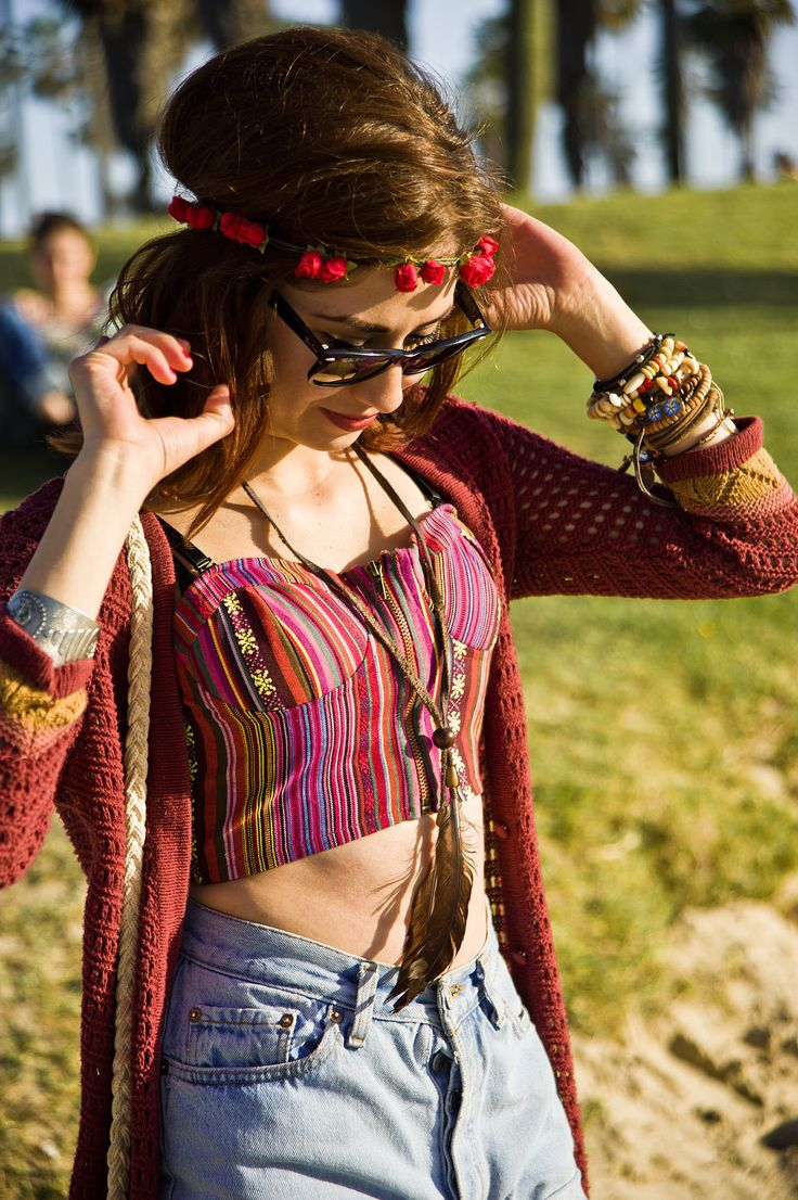 Crop top and high waisted jean shorts always work crop top pinterest fashion women boho - Style hippie chic femme ...