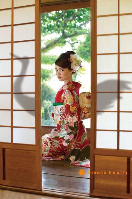 鶴の恩返し kimono hearts furisode styling book.