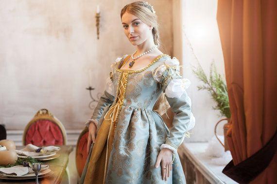 Renaissance Lucrezia Borgia's blue woman dress by RoyalTailor