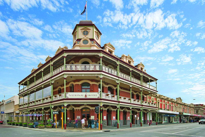 Built in 1868, the heritage listed National Hotel in Fremantle was beautifully refurbished in 2013 and is open 7 days serving modern cuisine for breakfast, lunch and dinner.