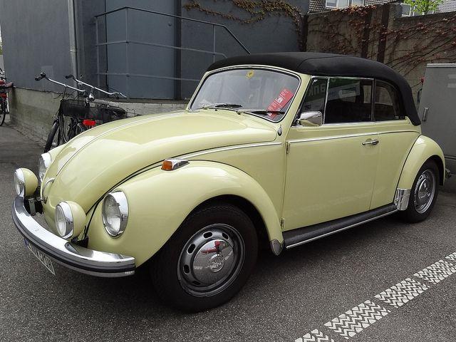 Volkswagen Beetle Kever Maggiolino Käfer Coccinelle by renault19872000, via Flickr