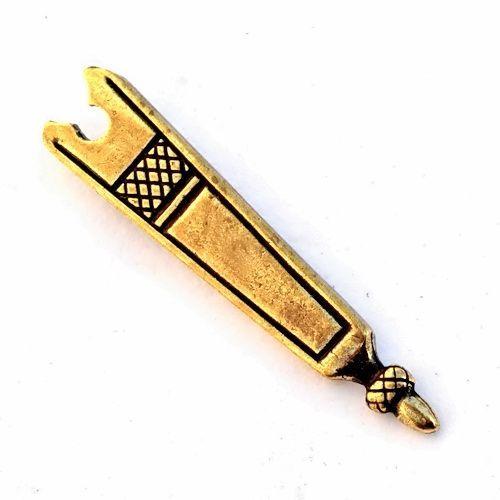 Medieval belt end (1350-1500)