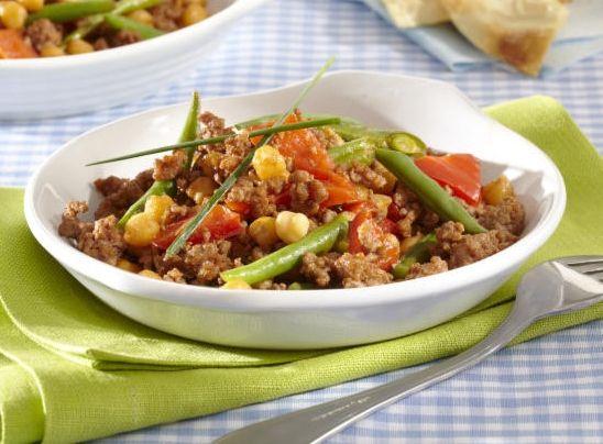 Využití cizrny (římský hrách) v kuchyni je díky vlastnostem a lahodné oříškové chuti široké a můžete ji přidávat téměř do všeho.