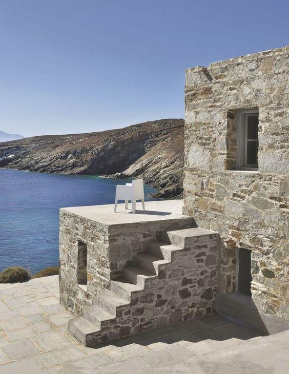 Visite déco d'une maison d'architecte en Grèce: